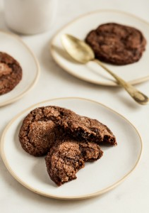 Chocolate-cherry-almond-cookies-4